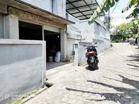 Rumah / Gudang Disewakan dekat Jalan Raya Cokro Aminoto Ubung Denpasar