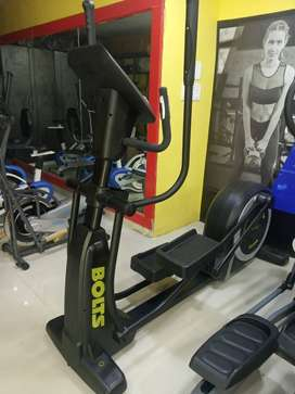 NEW COMMERCIALELLIPTICAL WITH SELF - GENERATING POWER SYSTEM FOR SALE