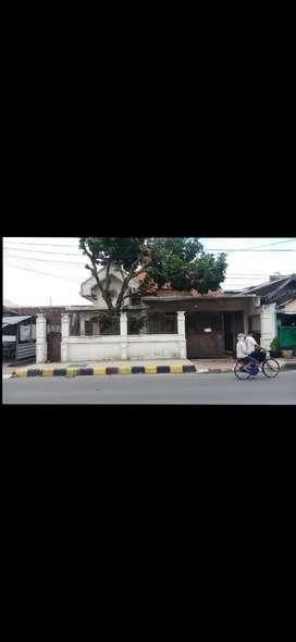 Dijual Tanah & Bangunan Strategis , Tepi Jalan Utama , Cocok unt Usaha