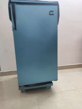 I want to sell Godrej cold gold fridge