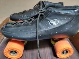 Yonker shoe skates