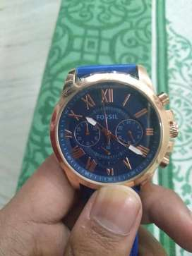 Fossil FS5061 Watch. With blue dial. Gold colour.
