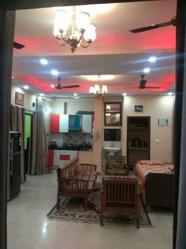 Flat for sale 4bhk with all facilities