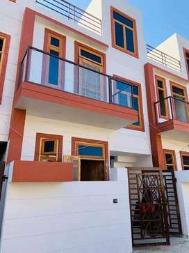 Ready To Move Houses Available Near BBD University On Faizabad Highway