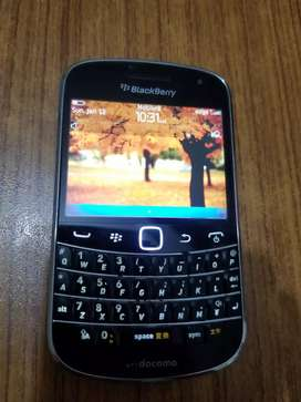 Bold 4 Touch & Type