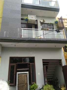 52 YARD TRIPLE STORY HOUSE ONLY 37 LAC (JAGRATI VIHAR GARH ROAD)