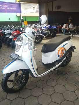 Honda Scoopy th 2016, KM 18rb, DP MURAH, TESA MUSTIKA