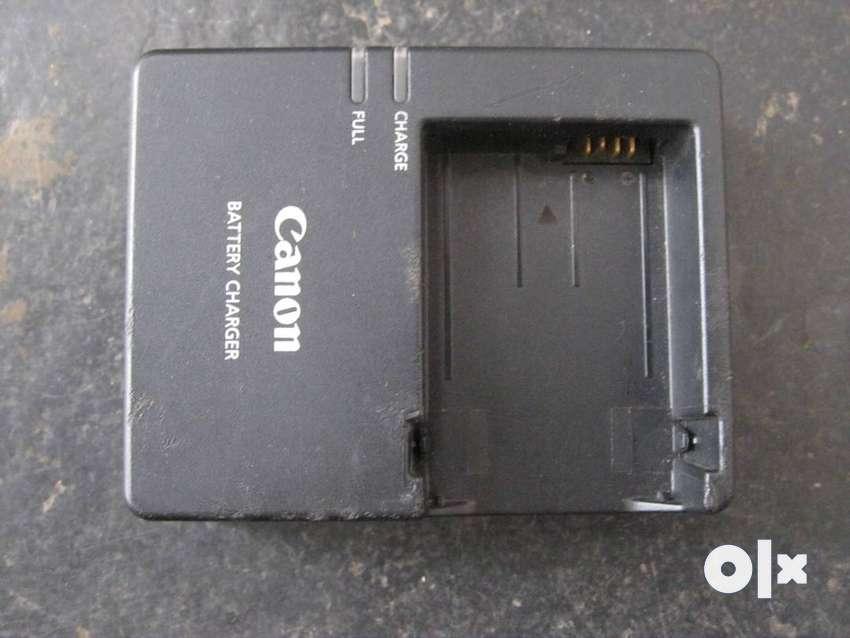 Original canon LC-E8E dslr battery charger 0