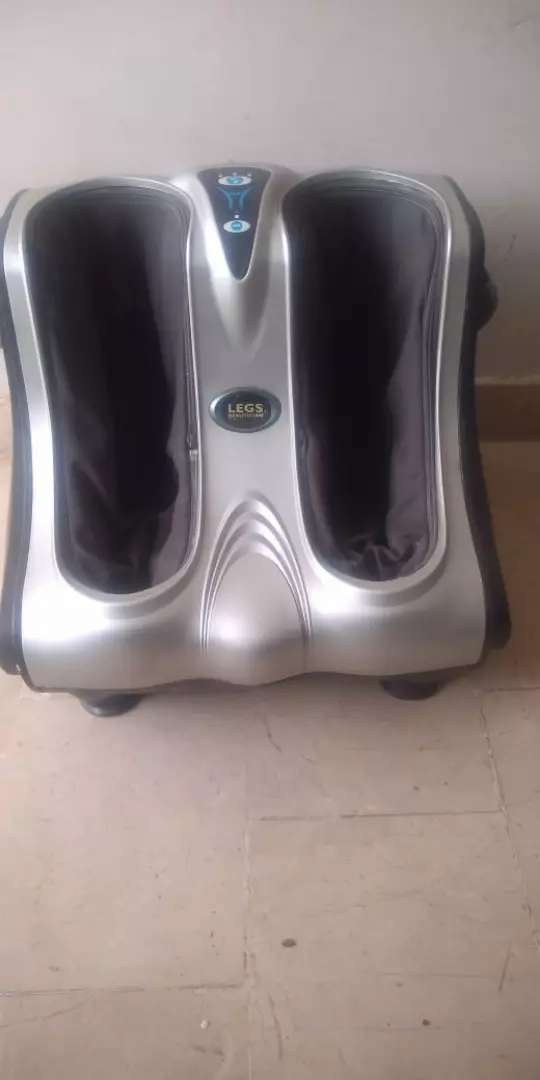 UK imported foot and lag massager in very good condition good working 0