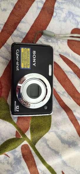 Sony camera DSC-W210