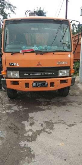 Mitsubishi Fuso FM 517 HL Dump Truck Crane Tahun 2010