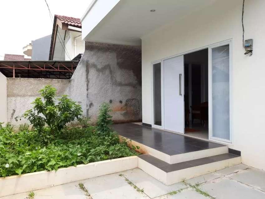 Oper sewa rumah Kompleks Cipinang Lontar Indah Jaktim 135m 0