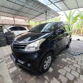 Toyota Avanza metik 2013 terawat
