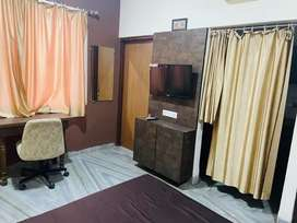 1RK Luxury for rent near Bombay Hospital.more info in description.