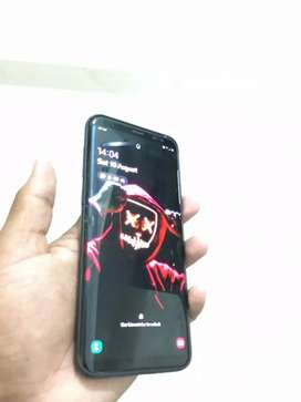 Samsung s8+ black color 4 gb ram 64 gb rom