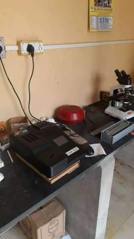 Full set of clinical lab equipment for sale 75000$