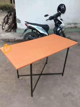 Meja lipat atau meja bazar multyi fungsi