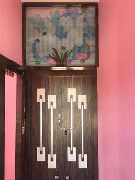 A 3bhk fully-furnished flat at PP Compound, main road is for rent.
