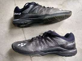 Badminton shoe Yonex Aerus 3