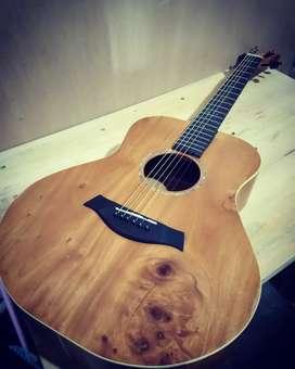 Gitar handmade mahoni