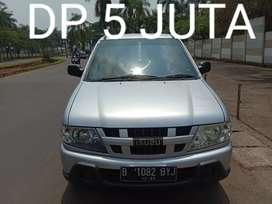 Isuzu Panther Lm Mt 2013 Dp 5 Jt