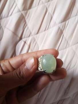 Cincin Batu anggur hijau