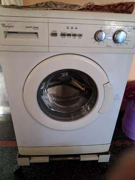 Whirlpool Explore 2 year old Front load 5.5 KG machine faulty button