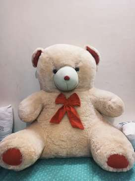 Giant Fluffy TEDDY BEAR, 10/10 condition. Dull pink color.