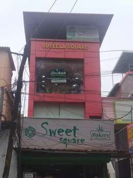 FOR SALE comercial building