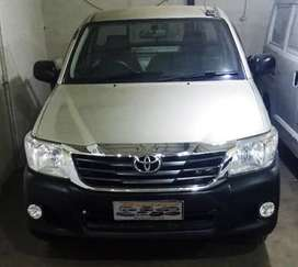 TDP 8JT Toyota HILUX 2013 PU 2.5,DIESEL AC SINGLE CABIN Silver Istmwh