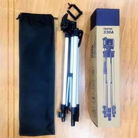 Professional Camera tripod with mobile holder Available Best Quality