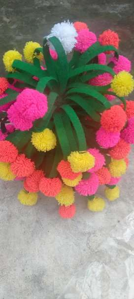 Wool flower pot