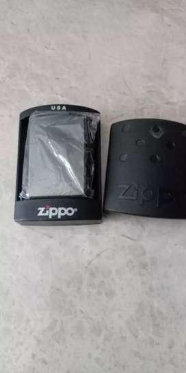 Korek ZIPPO + box. Brg Baru