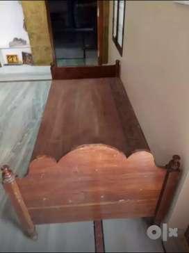 Teak wood cot 3 x 6