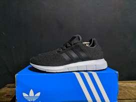 Adidas Swift Run size 42 original 100%