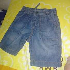 Dijual celana UNIQLO jeans like new nominus