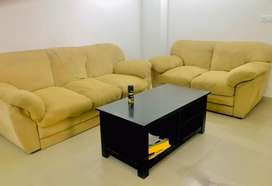 ROYAL 5 SEATER SOFA SET WITH TABLE