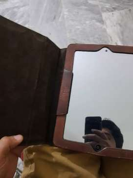 Ipad 4 retina display model 16gb with leather book cover urgent sale