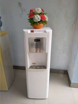 Dispenser air SHARP galon bawah murah mewah
