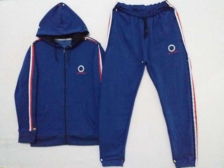 Tracksuit for Men (export quality)! 0