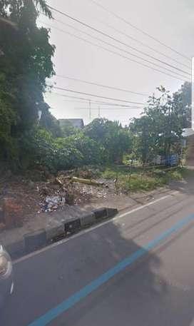 Tanah di pinggir jalan raya Majapahit Mataram