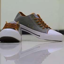 Sepatu Allstars harga terjangkau!!! Bisa COD