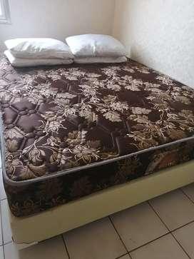 Kasur spring bed dan dipan 160x200 central