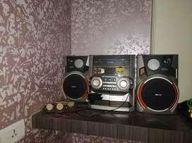 Phillips speaker