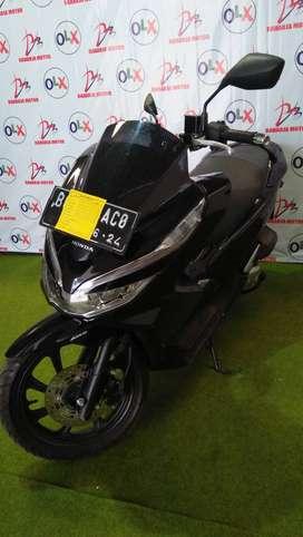 i.20 dijual honda pcx 150 ABS tahun 2019 (raharja motor)
