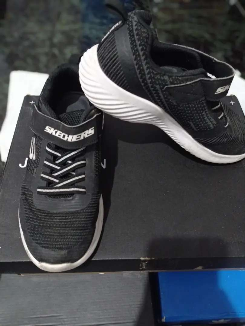 Sepatu skechers boys bounder original