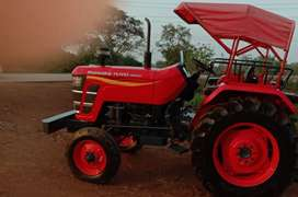 Mahindra 275 DI showroom condition 2018 model