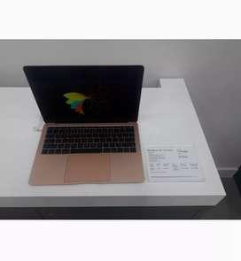 Macbook Air bisa di kredit juga looohhh..