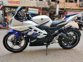Yamaha R15  Version.2.0 (2015)