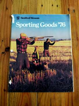 Katalog Antik Smith and Wesson Sporting Goods thn 1976
